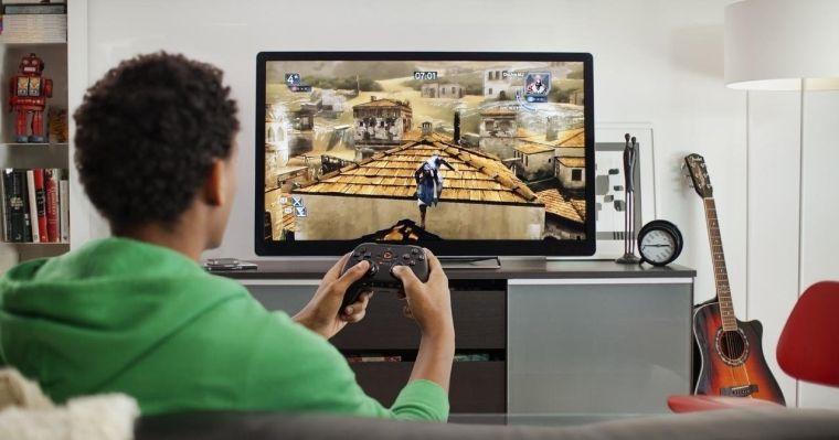 Jak podłączyć komputer do telewizora? Granie na dużym ekranie